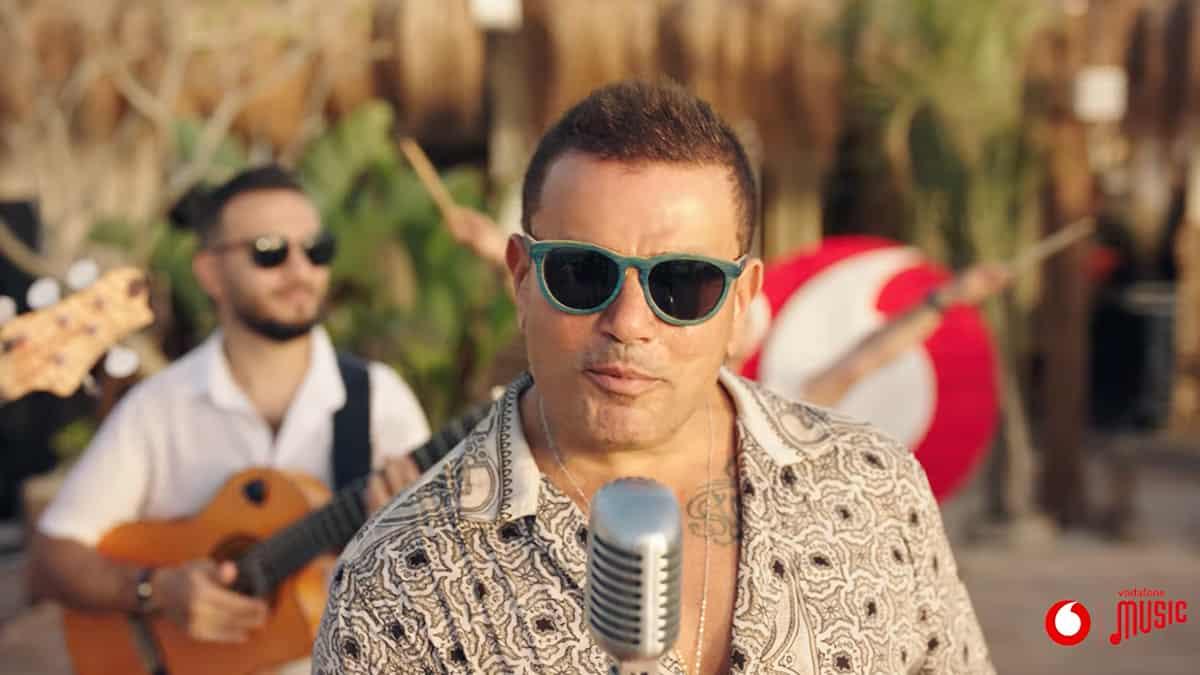 """ملاك عادل مؤلف أغنية """"الدنيا بترقص"""" لعمرو دياب حقق حلمه بعد 20 سنة"""
